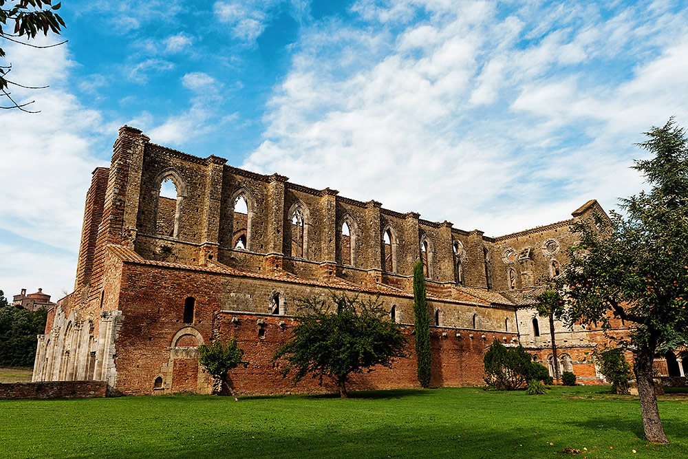 wedding location: san galgano abbey view from outside