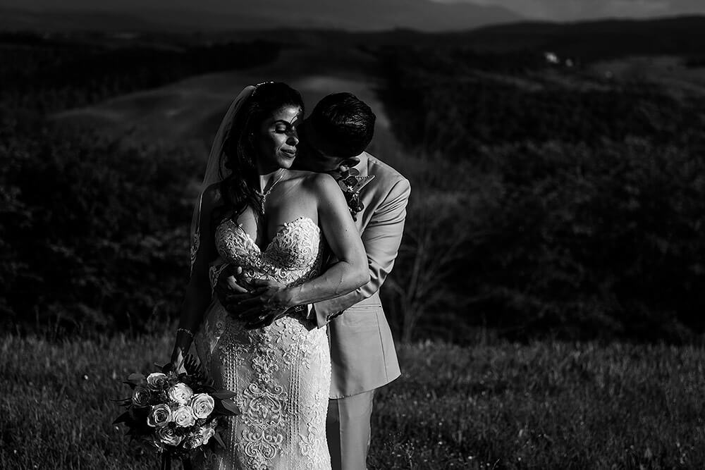 dramatic black white: bride and groom portrait in val d'orcia