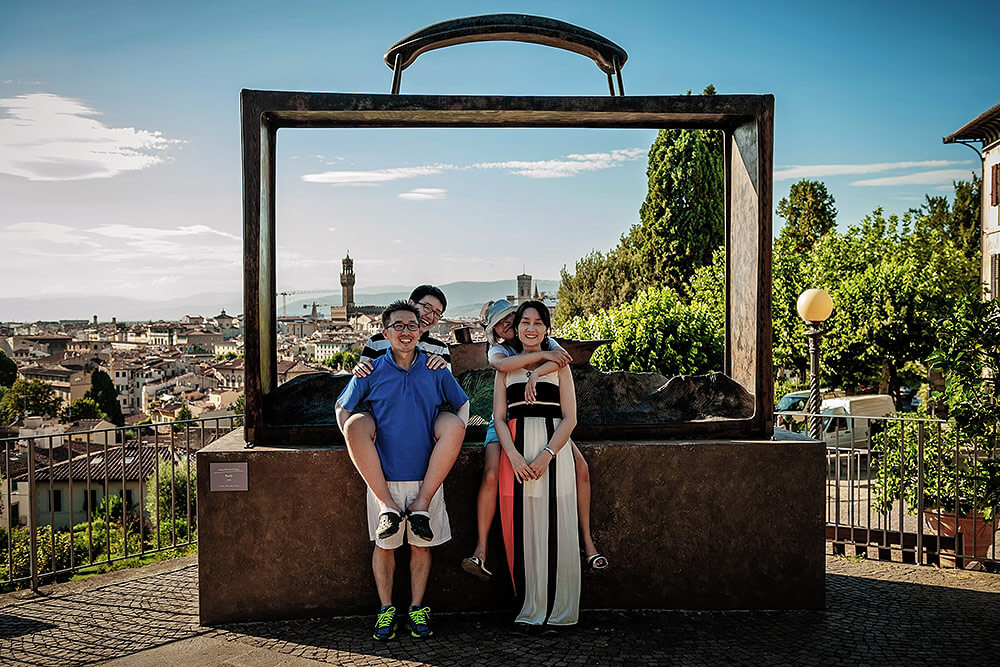 16-family-portraits-florence