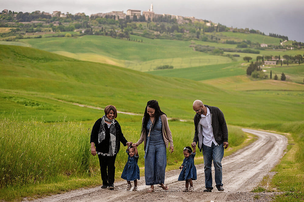 family portrait in val d'orcia