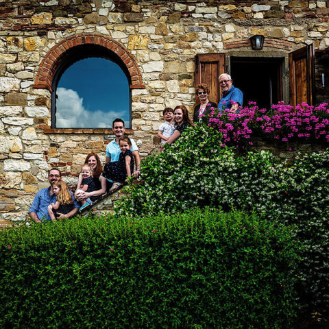 family session in greve in chianti in tuscany