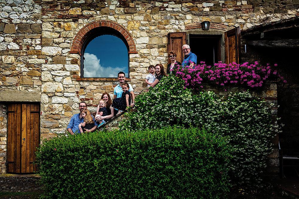 family session in greve in chianti in tuscany