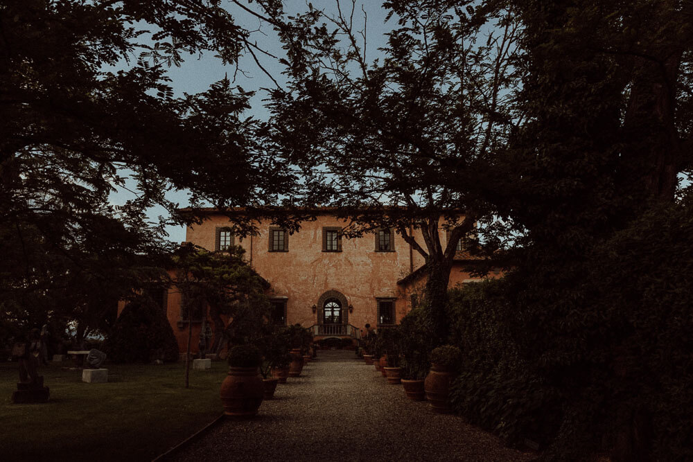Elopment venue: Villa Mangiacane, in the Tuscan hills south of Florence.