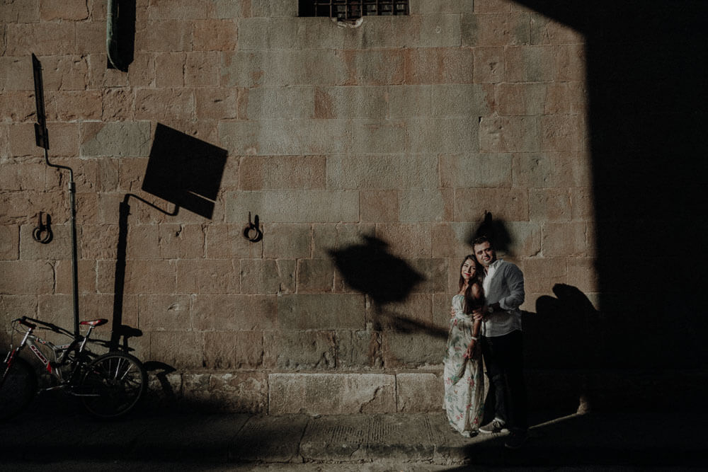 couple artistic photo in florence, photographer in tuscany