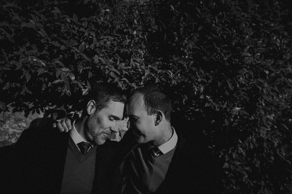 intimate gay photography in florence, italy