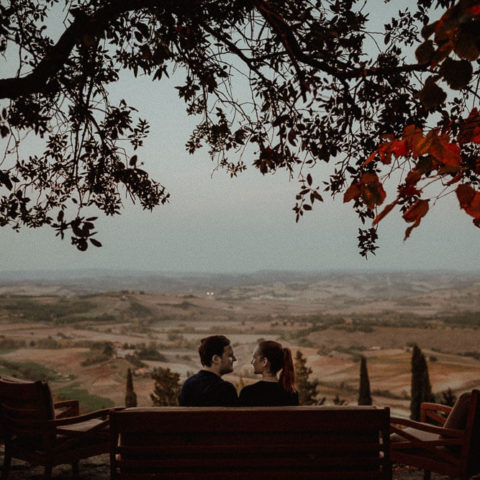 Autumn Couple photo session in val d'Orcia, Tuscany