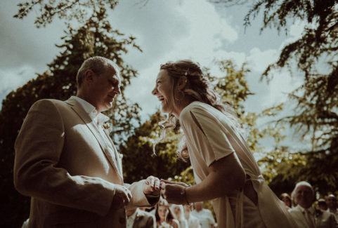 44-outdoor-wedding-reportage-tuscan-farmhouse