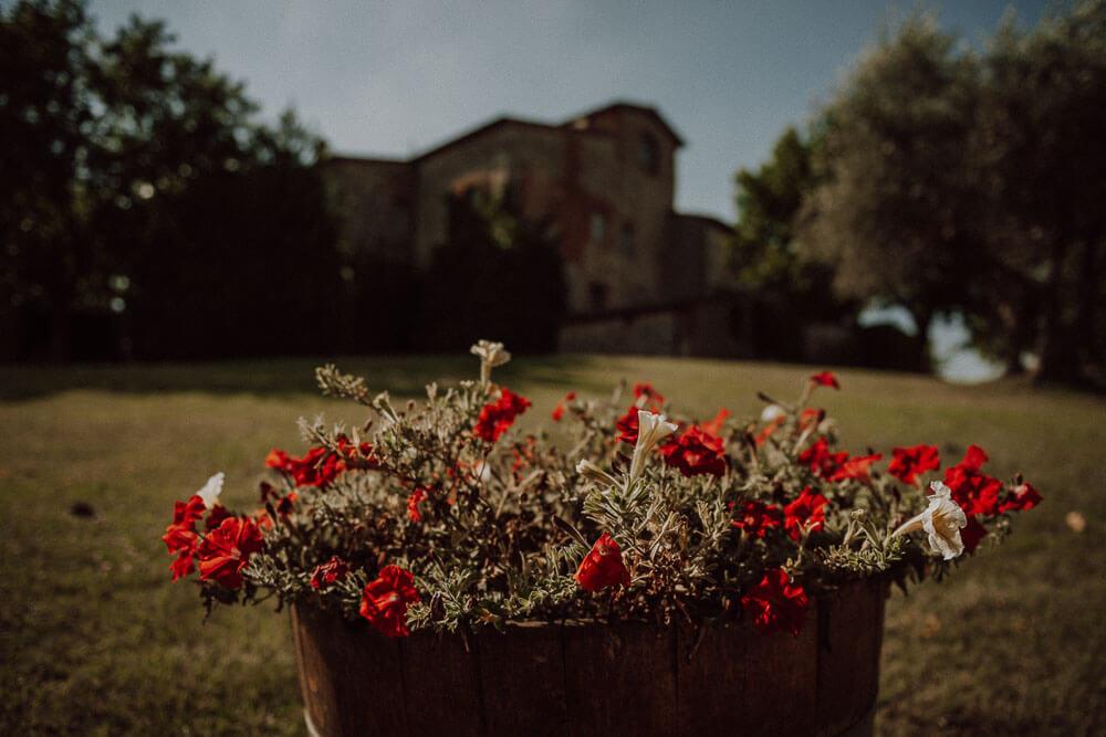 relais castel bigozzi wedding venue in tuscany