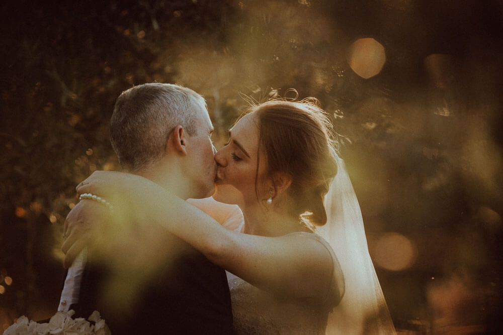 destination wedding in tuscany: couple session in the olive grove
