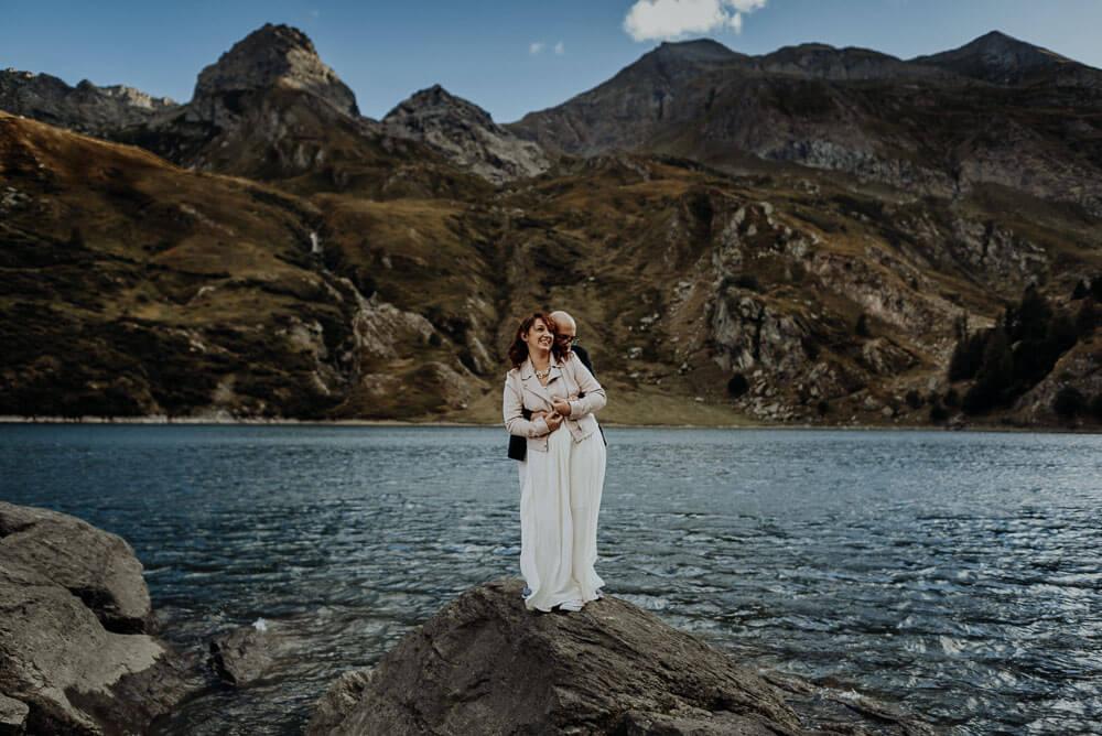 epic couple portrait, alps adventure elopement on lake