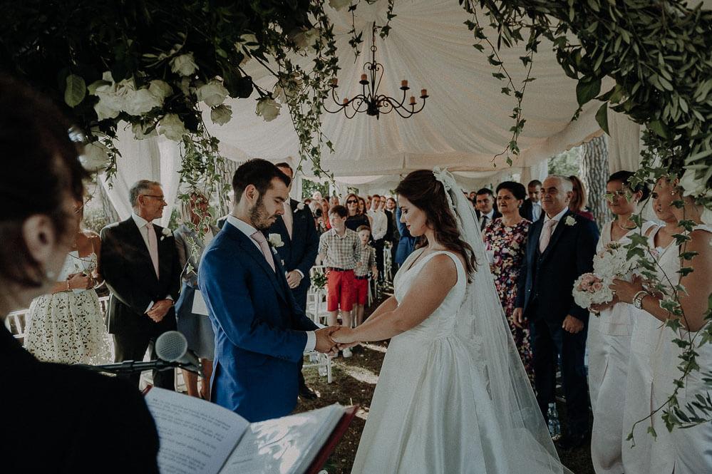 wedding in tuscany at villa passerini in cortona, outdoor ceremony
