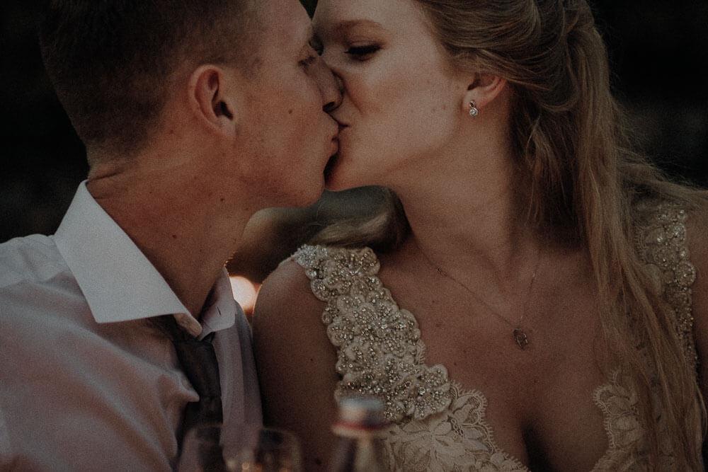 wedding couple in love, tuscany wedding
