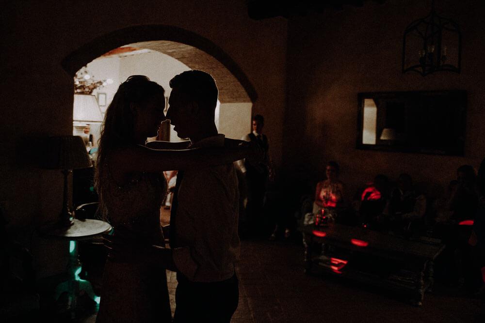 tuscany wedding intimate first dance